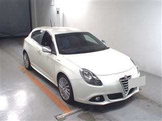 Import and buy ALFAROMEO GIULIETTA 2016 from Japan to Nairobi, Kenya
