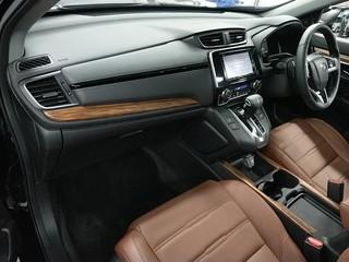 Import and buy HONDA CR-V 2018 from Japan to Nairobi, Kenya