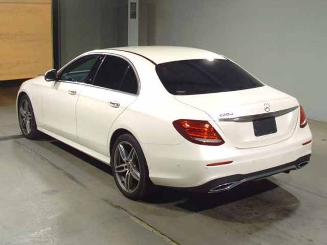 Import and buy MERCEDES BENZ E CLASS 2018 from Japan to Nairobi, Kenya