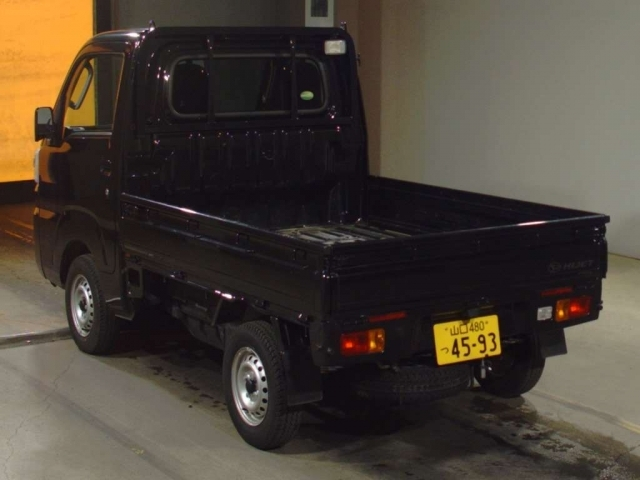 Import and buy DAIHATSU HIJET TRUCK 2020 from Japan to Nairobi, Kenya