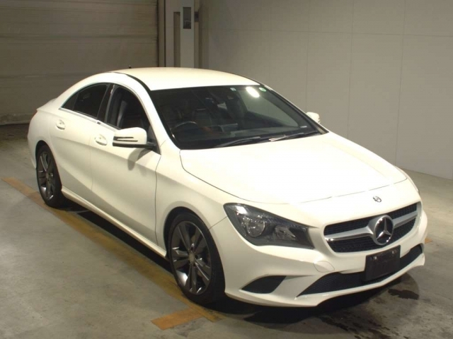 Import and buy MERCEDES BENZ CLA CLASS 2014 from Japan to Nairobi, Kenya
