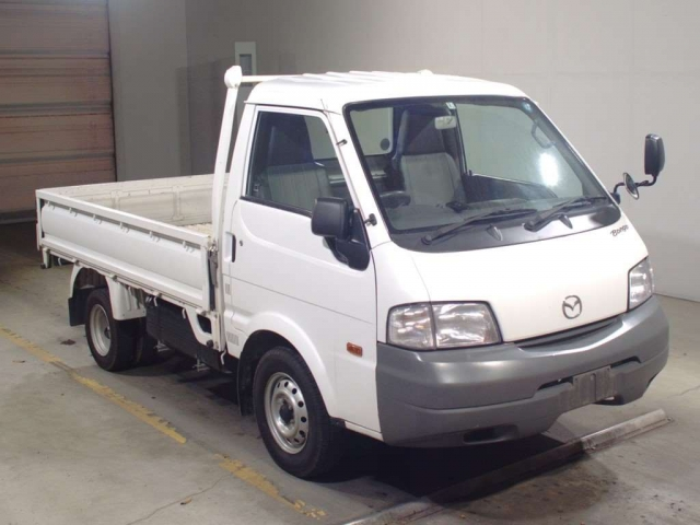 Import and buy MAZDA BONGO 2015 from Japan to Nairobi, Kenya