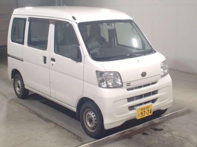 Import and buy TOYOTA PIXIS VAN 2016 from Japan to Nairobi, Kenya
