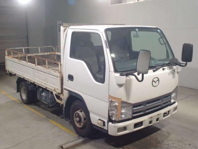 Import and buy MAZDA TITAN 2014 from Japan to Nairobi, Kenya
