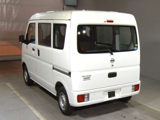 Import and buy NISSAN CLIPPER VAN 2018 from Japan to Nairobi, Kenya