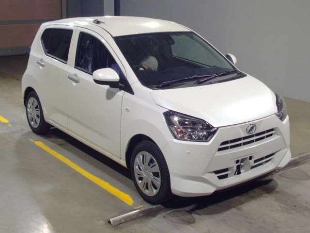 Import and buy DAIHATSU MIRA E S 2020 from Japan to Nairobi, Kenya