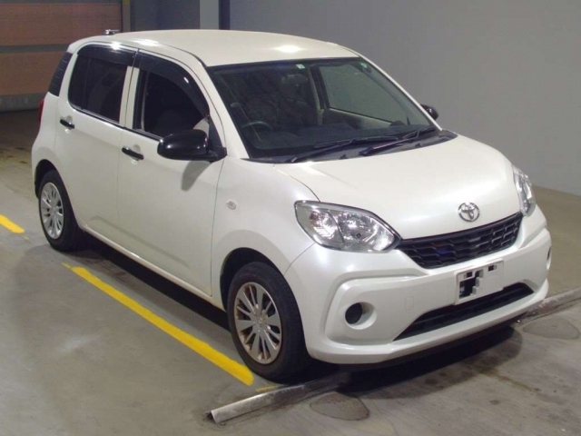 Import and buy TOYOTA PASSO 2018 from Japan to Nairobi, Kenya