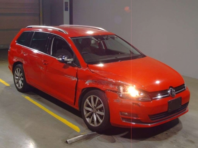 Import and buy VOLKSWAGEN GOLF VARIANT 2014 from Japan to Nairobi, Kenya