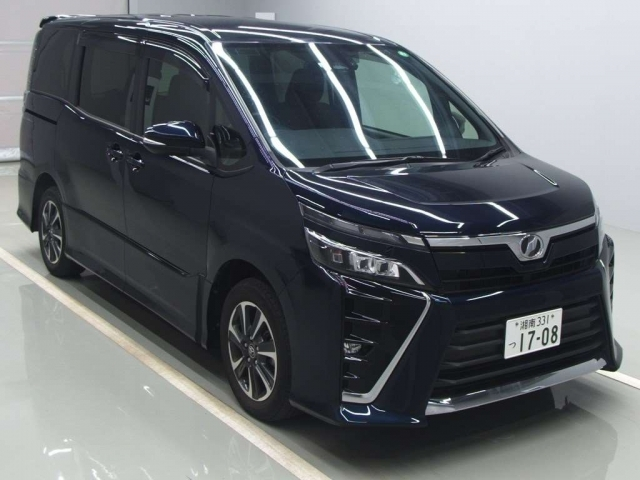 Import and buy TOYOTA VOXY 2017 from Japan to Nairobi, Kenya