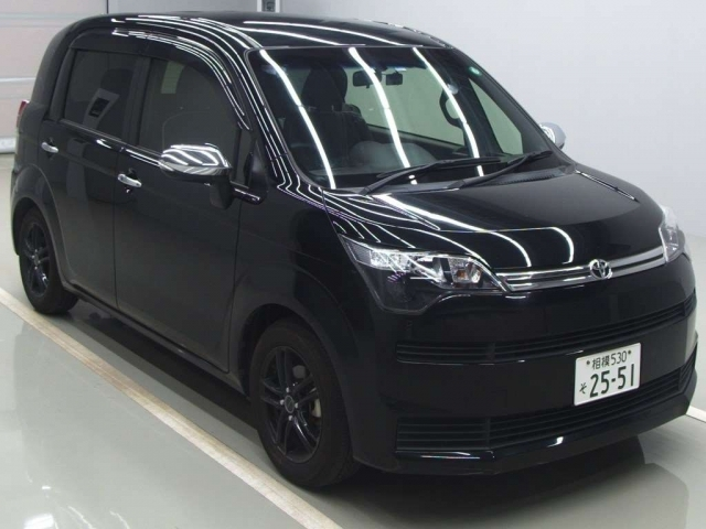 Import and buy TOYOTA SPADE 2015 from Japan to Nairobi, Kenya