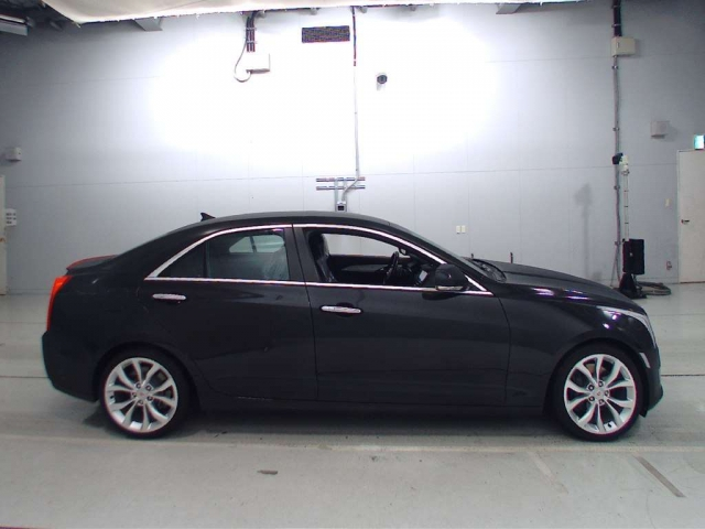 Import and buy GM CADILLAC ATS 2013 from Japan to Nairobi, Kenya