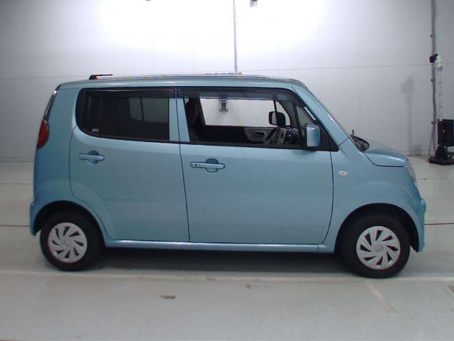 Import and buy NISSAN MOCO 2015 from Japan to Nairobi, Kenya