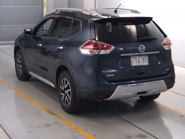 Import and buy NISSAN X-TRAIL 2014 from Japan to Nairobi, Kenya