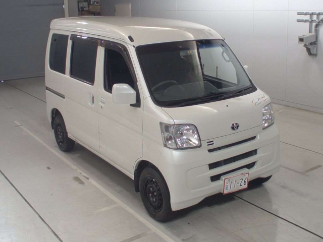 Import and buy TOYOTA PIXIS VAN 2016 from Japan to Nairobi, Kenya