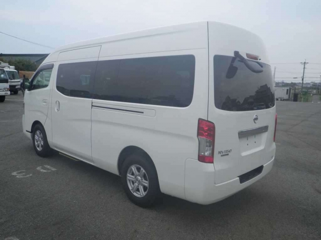 Import and buy NISSAN CARAVAN BUS 2018 from Japan to Nairobi, Kenya