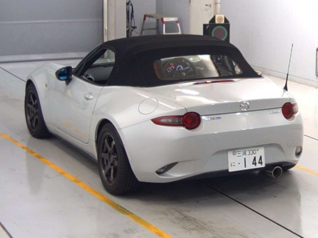 Import and buy MAZDA ROADSTER 2016 from Japan to Nairobi, Kenya
