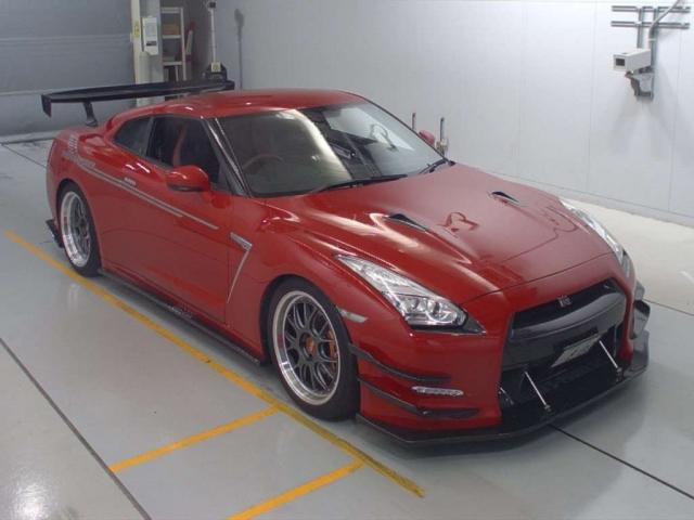 Import and buy NISSAN GT-R 2015 from Japan to Nairobi, Kenya