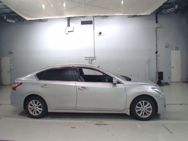 Import and buy NISSAN TEANA 2015 from Japan to Nairobi, Kenya