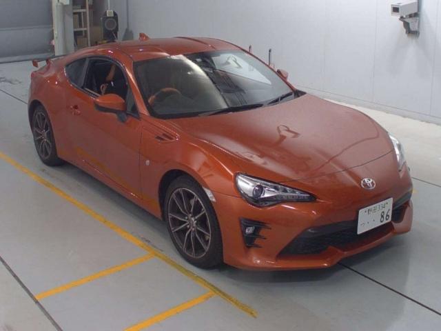 Import and buy TOYOTA 86 2016 from Japan to Nairobi, Kenya
