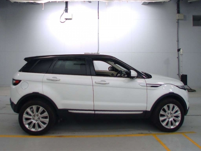 Import and buy ROVER RANGE ROVER 2015 from Japan to Nairobi, Kenya