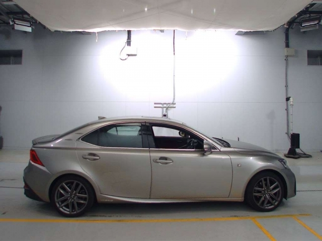 Import and buy LEXUS IS 2017 from Japan to Nairobi, Kenya