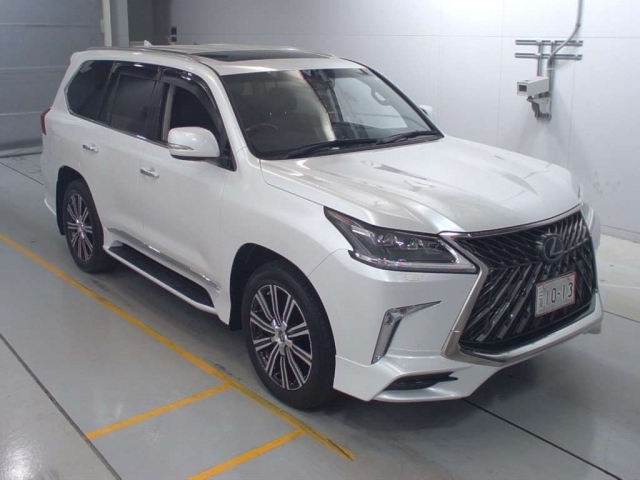 Import and buy LEXUS LX 2018 from Japan to Nairobi, Kenya