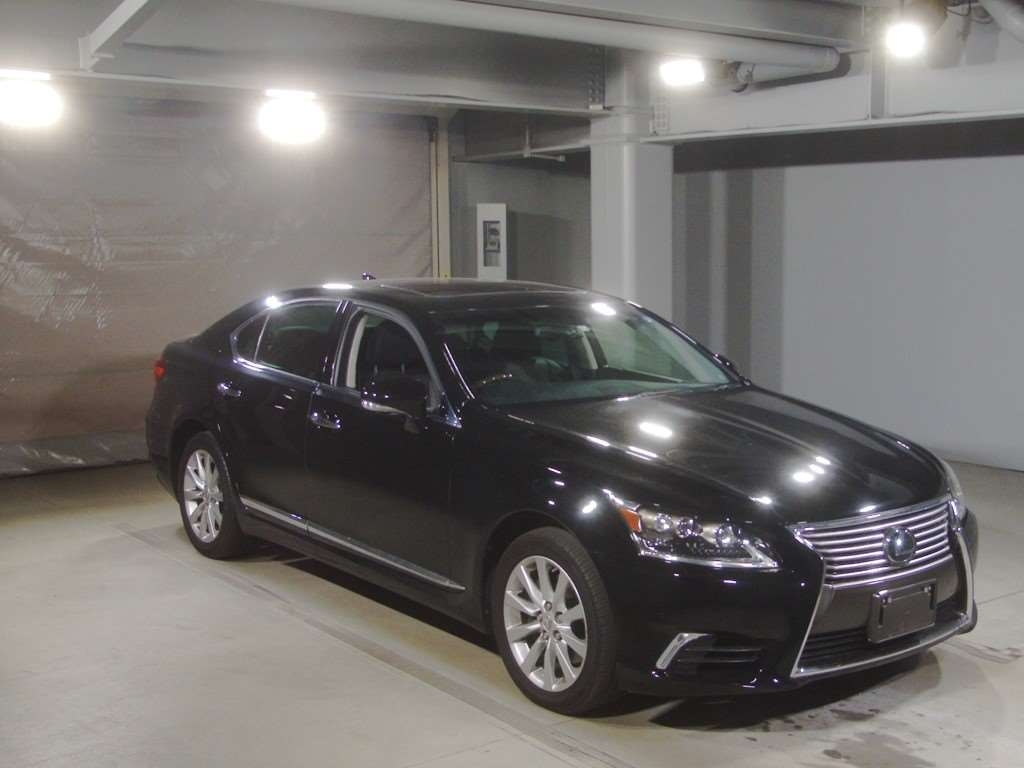 Import and buy LEXUS LS 2014 from Japan to Nairobi, Kenya