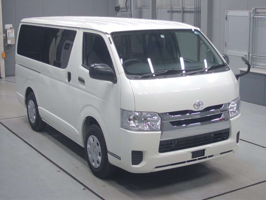 Import and buy TOYOTA REGIUS VAN 2018 from Japan to Nairobi, Kenya