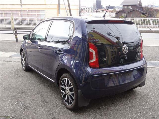 Import and buy VOLKSWAGEN UP 2016 from Japan to Nairobi, Kenya