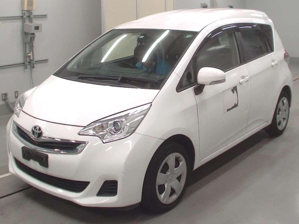 Import and buy TOYOTA RACTIS 2014 from Japan to Nairobi, Kenya