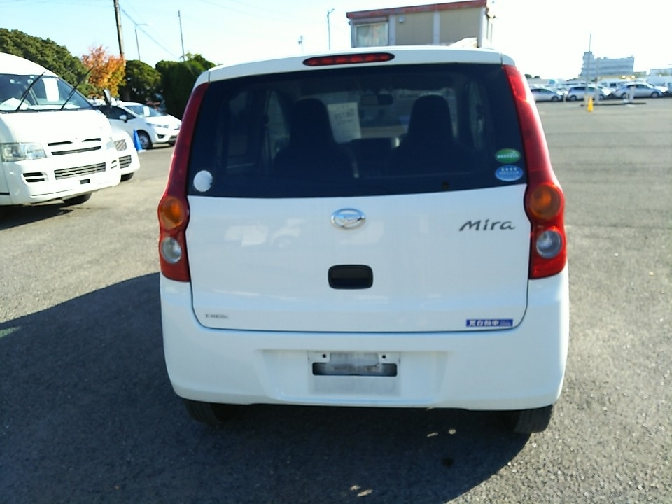 Import and buy DAIHATSU MIRA 2014 from Japan to Nairobi, Kenya