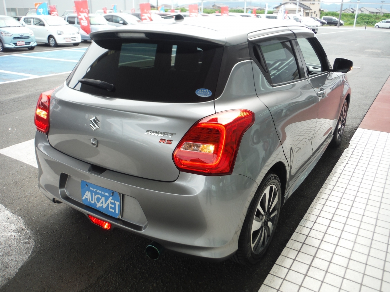 Import and buy SUZUKI SWIFT 2017 from Japan to Nairobi, Kenya