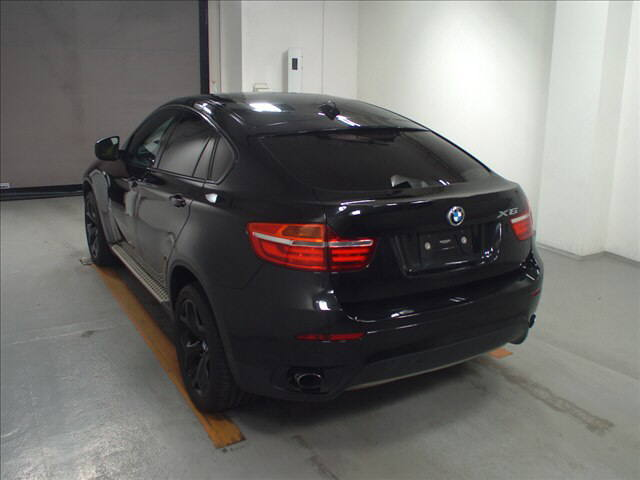 Import and buy BMW X6 2013 from Japan to Nairobi, Kenya