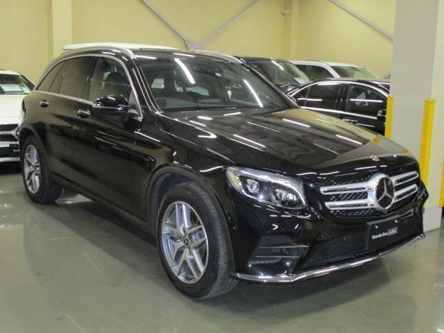 Import and buy MERCEDES BENZ GLC CLASS 2017 from Japan to Nairobi, Kenya