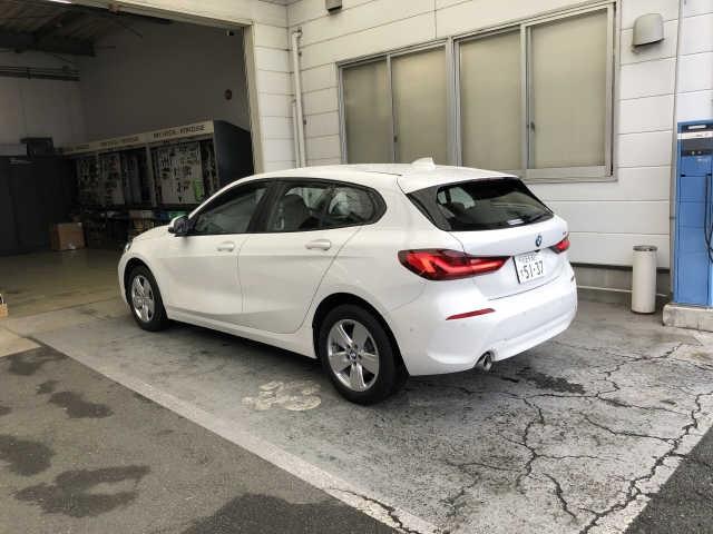 Import and buy BMW 1 SERIES 2019 from Japan to Nairobi, Kenya