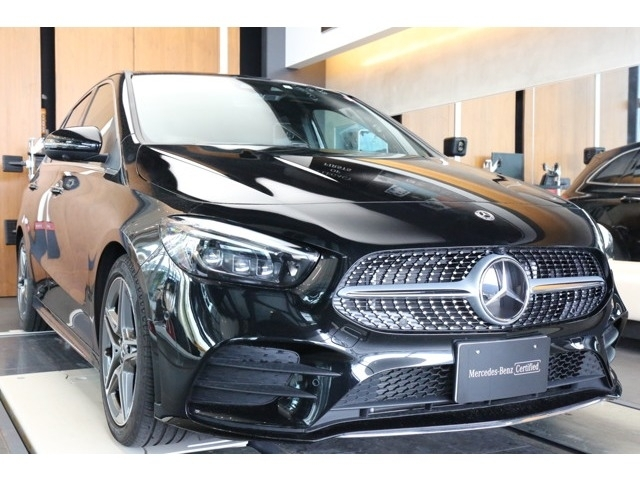 Import and buy MERCEDES BENZ B CLASS 2019 from Japan to Nairobi, Kenya