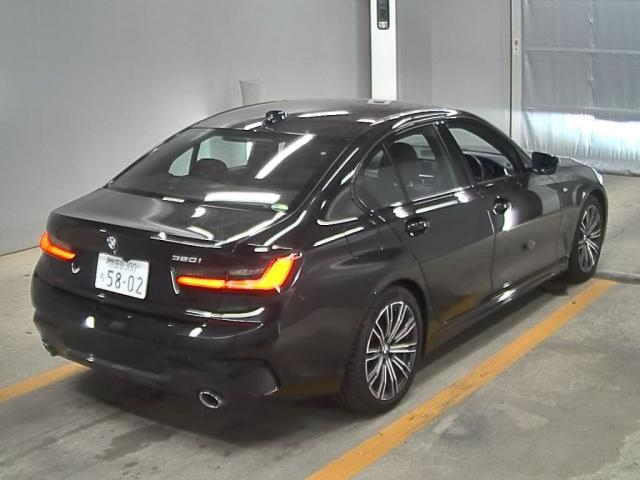 Import and buy BMW 3 SERIES 2019 from Japan to Nairobi, Kenya