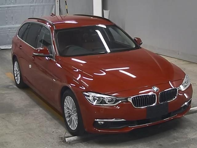 Import and buy BMW 3 SERIES 2016 from Japan to Nairobi, Kenya