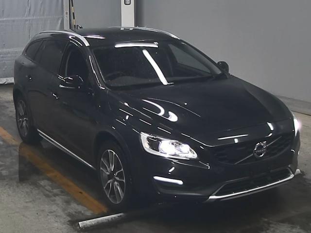 Import and buy VOLVO V60 2016 from Japan to Nairobi, Kenya
