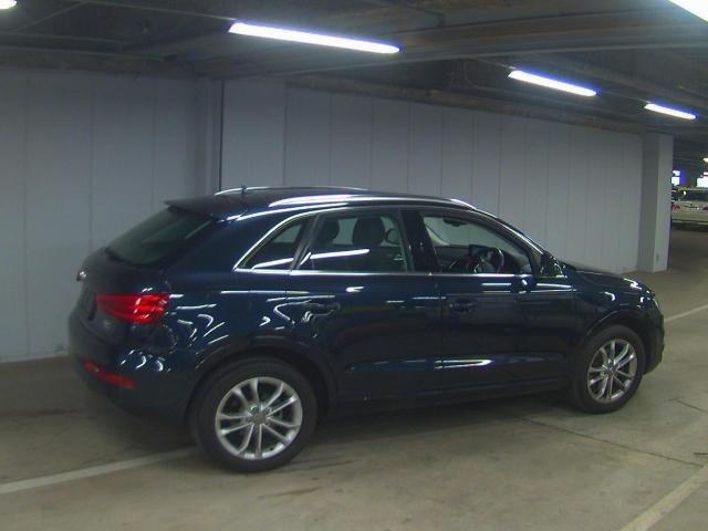 Import and buy AUDI Q3 2013 from Japan to Nairobi, Kenya