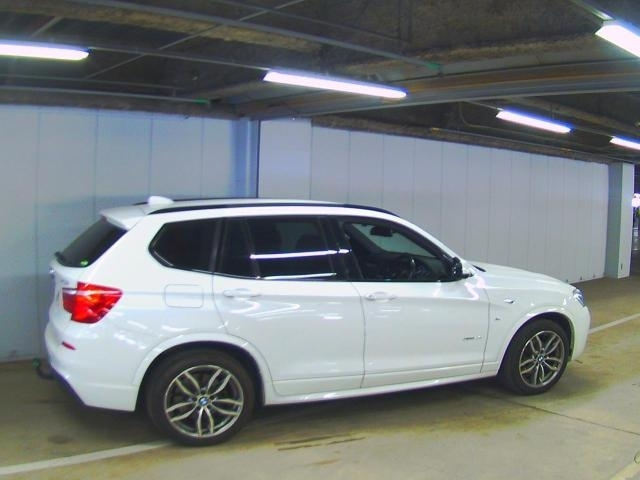 Import and buy BMW X3 2016 from Japan to Nairobi, Kenya