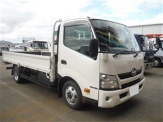 Import and buy HINO DUTRO 2017 from Japan to Nairobi, Kenya