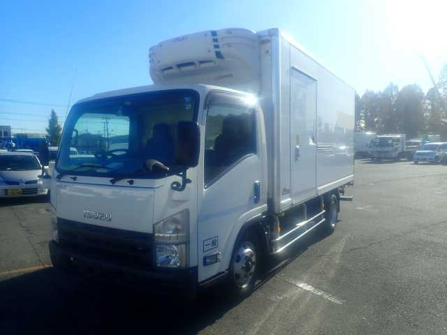 Import and buy ISUZU ELF 2013 from Japan to Nairobi, Kenya