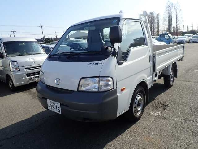 Import and buy MAZDA BONGO 2016 from Japan to Nairobi, Kenya