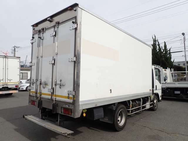 Import and buy ISUZU ELF 2014 from Japan to Nairobi, Kenya