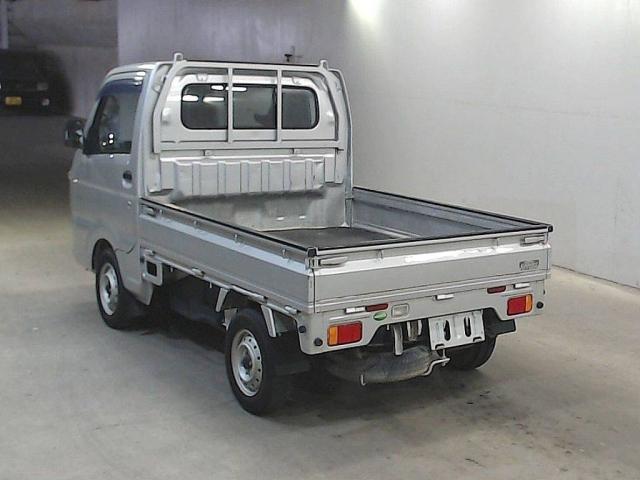 Import and buy SUZUKI CARRY TRUCK 2014 from Japan to Nairobi, Kenya