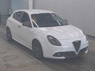 Import and buy ALFAROMEO GIULIETTA 2017 from Japan to Nairobi, Kenya
