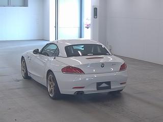 Import and buy BMW Z4 2013 from Japan to Nairobi, Kenya