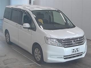 Import and buy HONDA STEP WAGON 2013 from Japan to Nairobi, Kenya