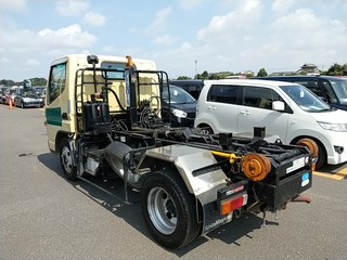 Import and buy MITSUBISHI CANTER 2013 from Japan to Nairobi, Kenya